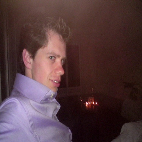 Camiel82's avatar