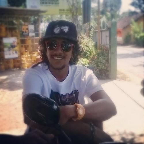 Mahil Malinga's avatar