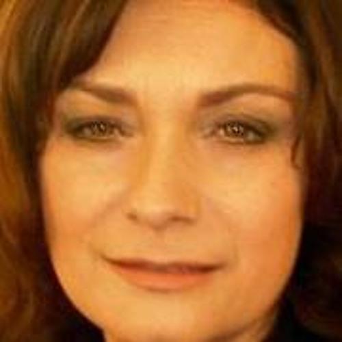 Daniela 20's avatar