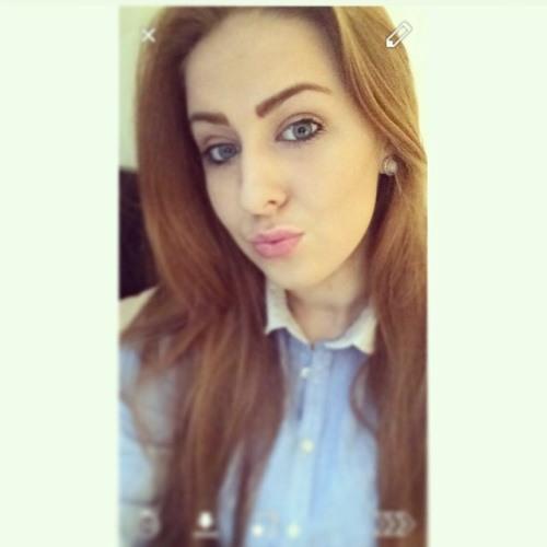 danielle mcloughlin's avatar