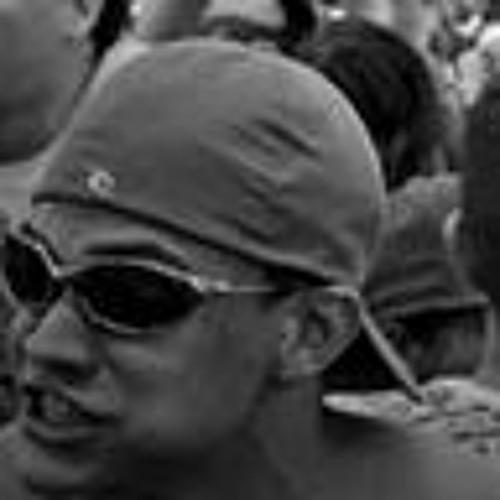 Vinícius Oliveira 305's avatar