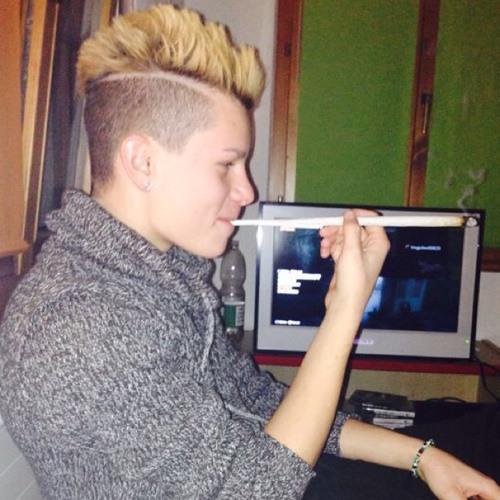 smoke one:'s avatar