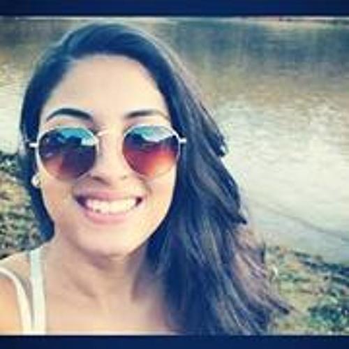 Priscilla Silveira's avatar