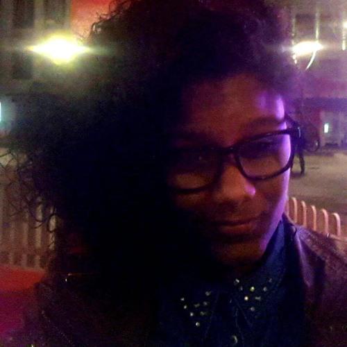 Lilian Correia 2's avatar