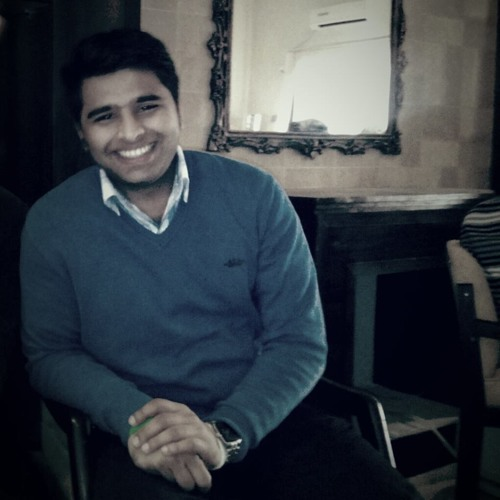 Vikie Kayani's avatar