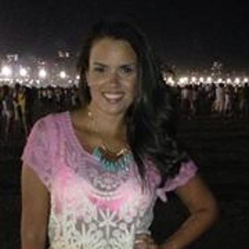 Isabella Soares 10's avatar