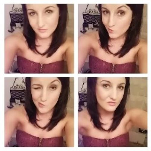 Molly Thomas 6's avatar