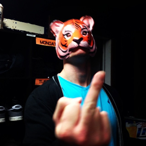 DJ Bodyshotz's avatar