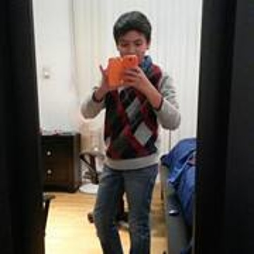 Emiliano Ponce 1's avatar