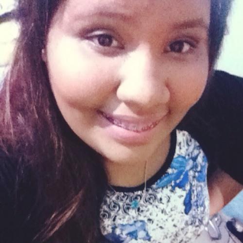 Mariana Gomes s2's avatar
