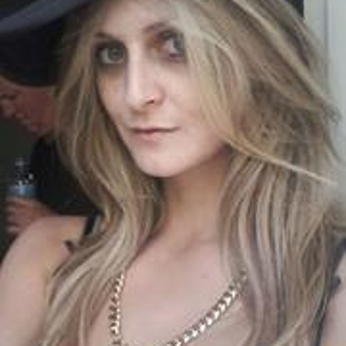 Ida Uri's avatar