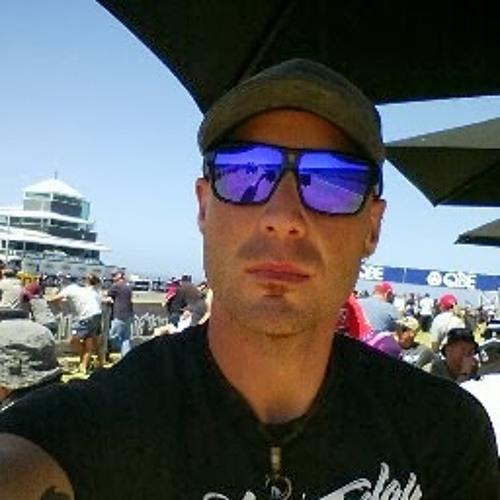 Dennis Tornese's avatar