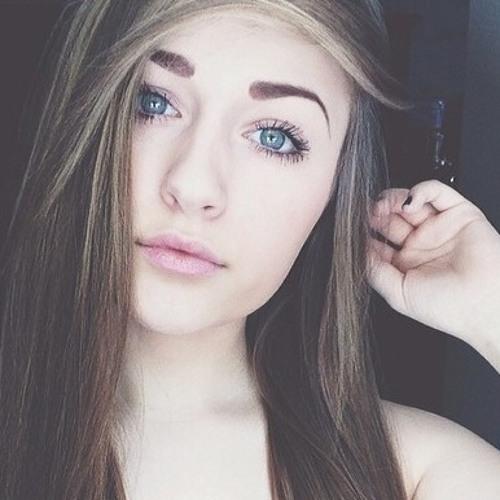 Danielle018's avatar