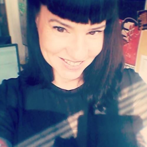 Kitty Krosschell's avatar