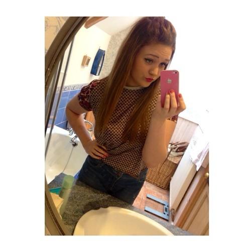 rachaelyoungg's avatar