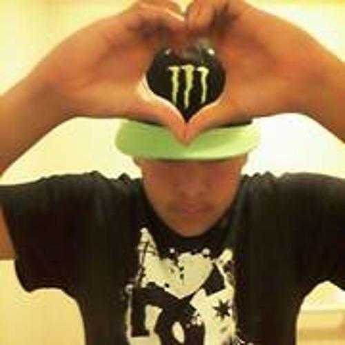 Eric Esquivel 10's avatar