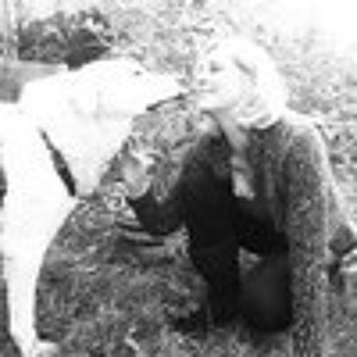 Anneliese Thierling's avatar