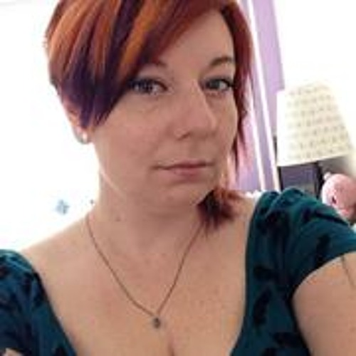 Emily Bos's avatar