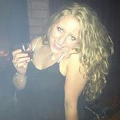 Manja Gwen's avatar