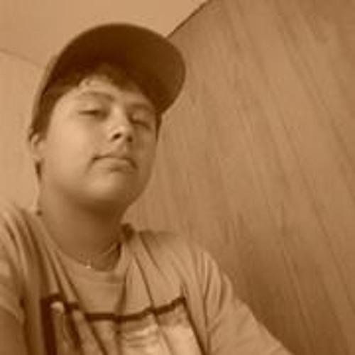 Paulo Yévenes's avatar