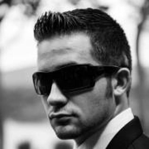 Dustin Max's avatar