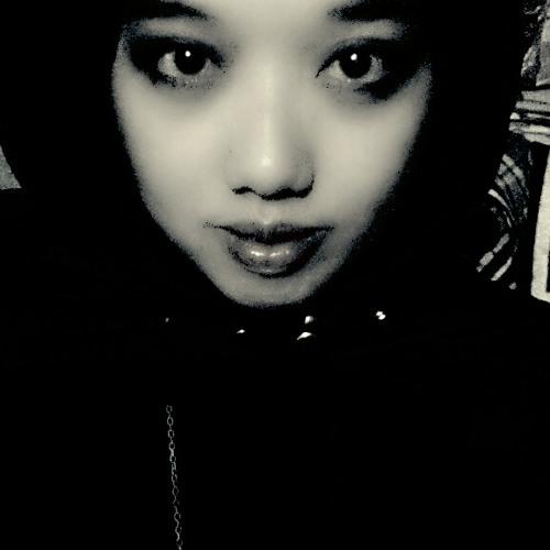 Risa Putri's avatar