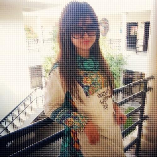 Iqra Kamran's avatar