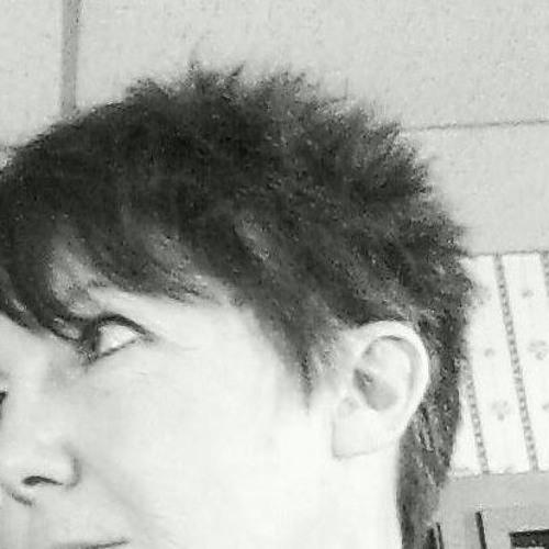 Holly J. Fox's avatar