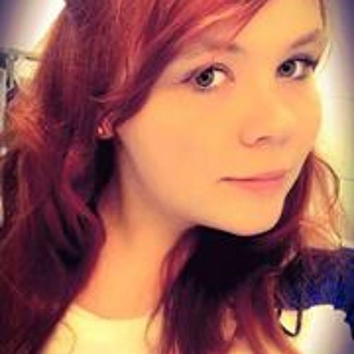 Julia Musal's avatar