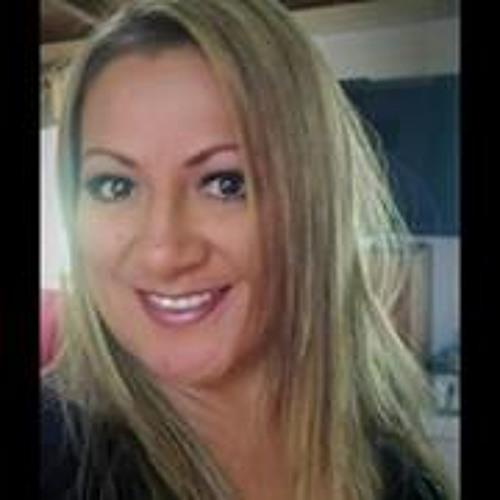 Kathryn De Leon Reger's avatar