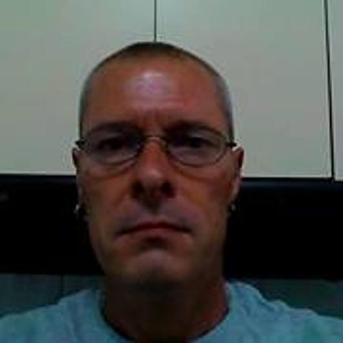 Dave Benn 2's avatar