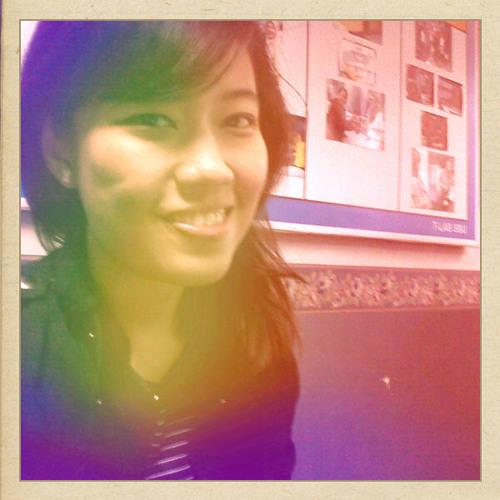 intan meidiza's avatar