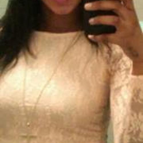 Chardella Louiza's avatar