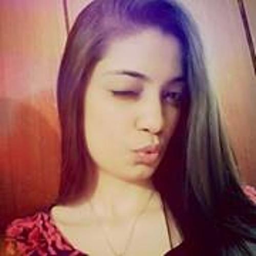 Nimrah Hassan's avatar