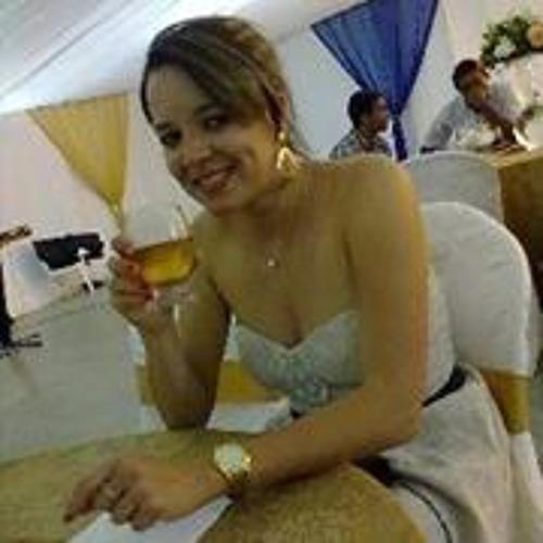 Josyanne Martins's avatar