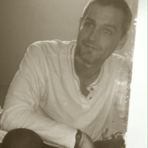 Evan Lewis 9's avatar
