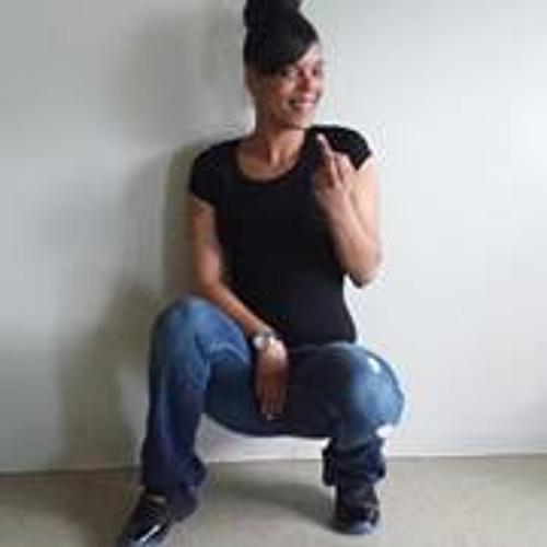 Mary Simmons 7's avatar
