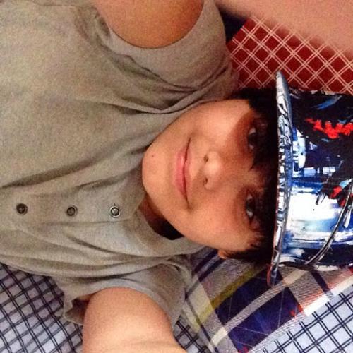 Kris Lopez jr's avatar