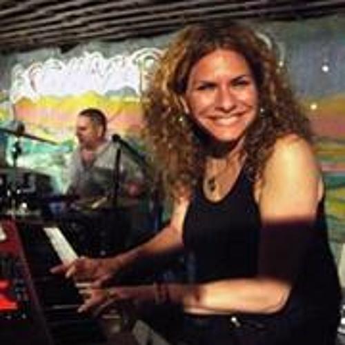 Gayle Wild's avatar
