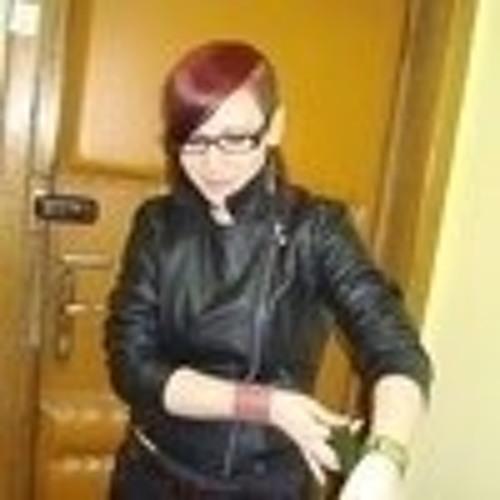 Maya Meeroo's avatar