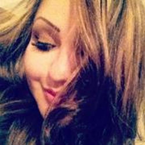 Areli Flores 3's avatar