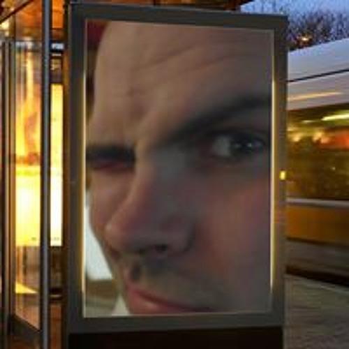 rosscooper1980's avatar