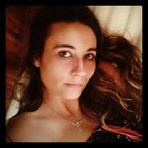 Kmy Pinheiro's avatar
