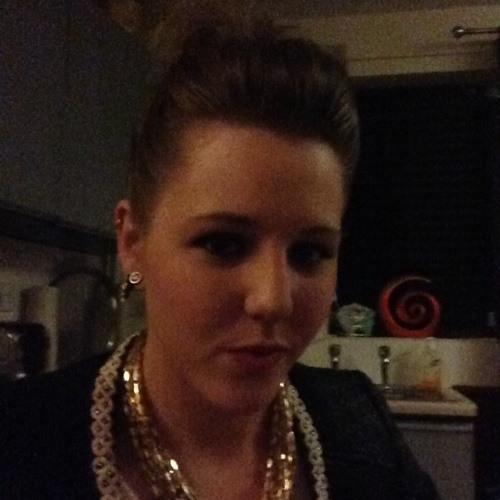 N.Leannie's avatar