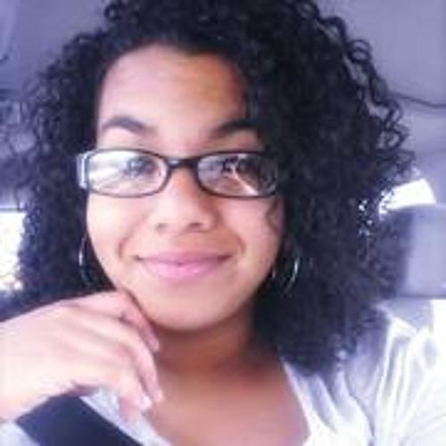Veronica Isvet Castillo's avatar