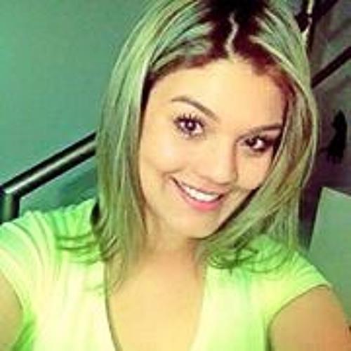Amanda Vilela's avatar