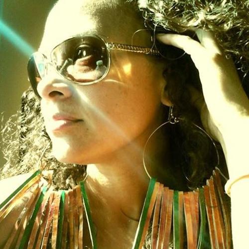 Melissa Sharee's avatar