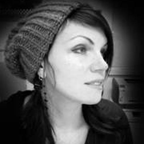 Julie Day 5's avatar