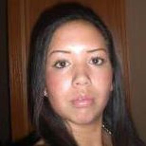 Lisa Perret's avatar