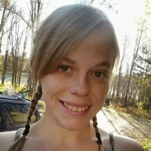 Dezarae Berg's avatar